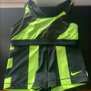 Nike Pro Spandex and Sports Bra Bundle